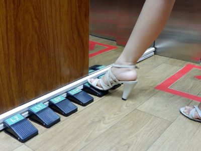 Foot pedal lift di SCH